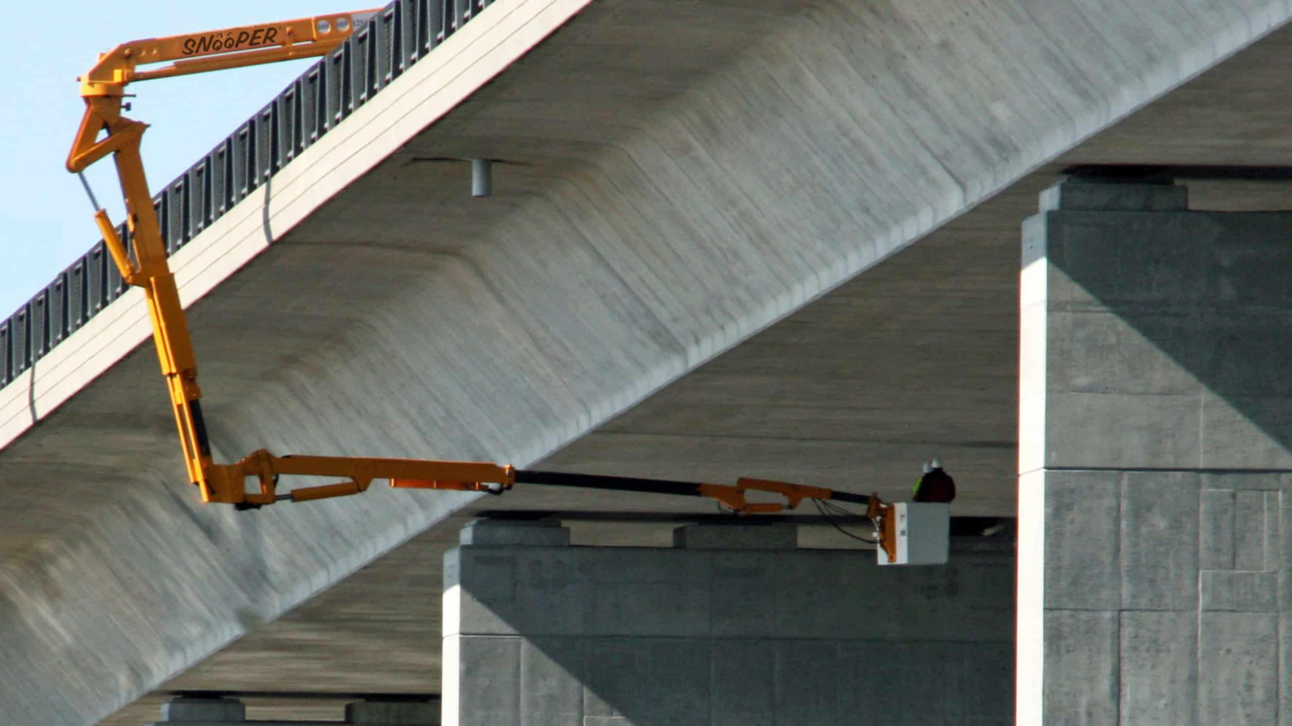 McClain & Co., Inc. - 65ft Underbridge Inspection Unit